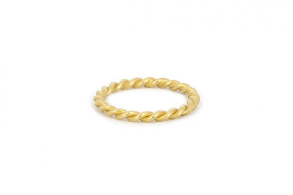 Twisted ring · 18ct guld · Design Edith Hegedüs