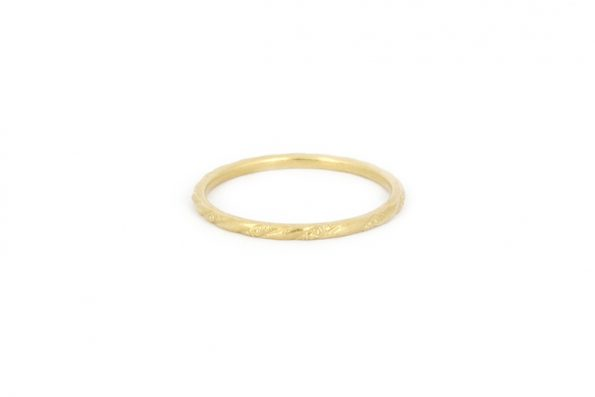 Delicate wedding ring · 18ct Gold · Design Edith Hegedüs