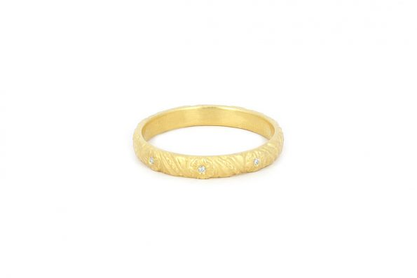 Wedding Rings with Diamonds · 18ct gold · Design Edith Hegedüs