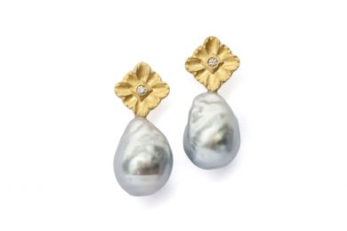 Baroque Pearls · Lace Earrings with Baroque Pearls · No.10 Edith Hegedüs
