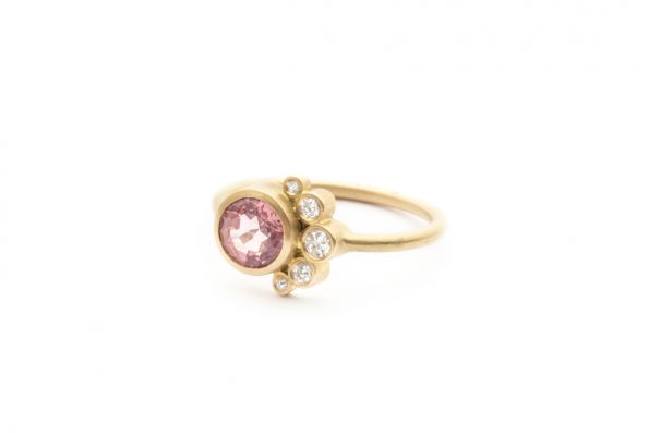 Ring with Pink Stone · 18ct Gold · Design Edith Hegedüs